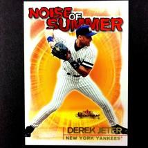 Derek Jeter 2000 Fleer Showcase Noise of Summer Insert Card #9 Yankees HOF - $3.91
