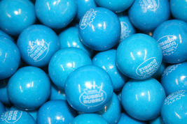"Blueberry Smoothie  1"" Vanilla FIlled Dubble Bubble Gumballs - $45.99"