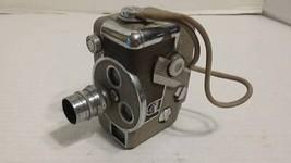 Revere 8mm Movie Camera Model B-63 - Revere Camera Co + 8mm magazine Vintage - $50.96
