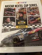 Very nice Nascar 2005 Nextel Cup HTF Yearbook-Tony Stewart Champion VGC - $5.94