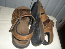 BROWN LEATHER MEN SHOES CLARKS 9M SANDALS STRAP n0Baxgx