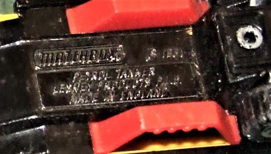 "Matchbox -  Convoy PETERBILT ""SUPERGAS TANKER"" image 12"