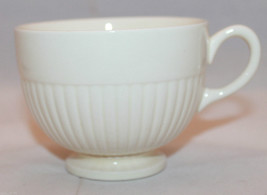Vintage Wedgwood Edme Footed Coffee Tea Mug Cup Barlaston of Etraria AS-IS - $22.08