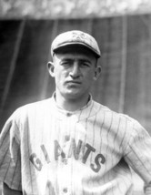 FRANKIE FRISCH 8X10 PHOTO NEW YORK GIANTS NY PICTURE BASEBALL MLB CLOSE UP - $3.95