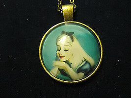 LADY ALICE IN WONDERLAND CABOCHON NECKLACE   (13534)   >> COMBINED SHIPP... - $3.71