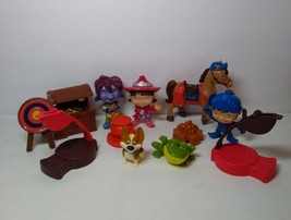 2012 Mike The Knight Lot Playset Evie Yip Mr. Cuddles Gallahad Trollee &... - $36.62