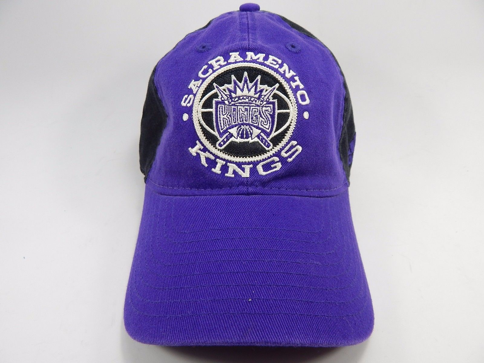 Sacramento Kings Adidas NBA Slouch Buckle Back Curve Brim Cap Hat NEW!