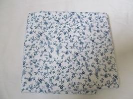 "White & Multi Blue Vine Floral Quilting Fabric JoAnn Fabrics 32"" x 44"" - $8.40"