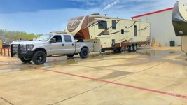 2017 Heartland Big Horn 3750FL For Sale In Burleson, TX 76028 image 4