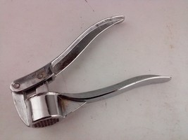 Vintage Garlic Press Kitchen Utensil Tool - $9.35