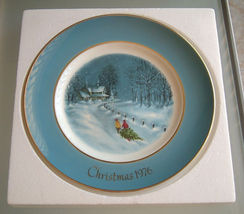 1976 Avon Collectible Christmas Plate Bringing Home the Tree - $12.99