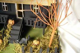 Bethany Lowe Haunted House image 6