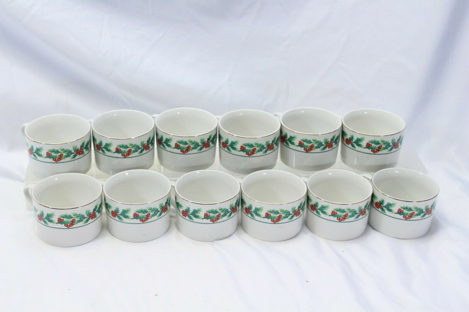 Primary image for Gibson Xmas Greeting Holly Cups Lot of 12