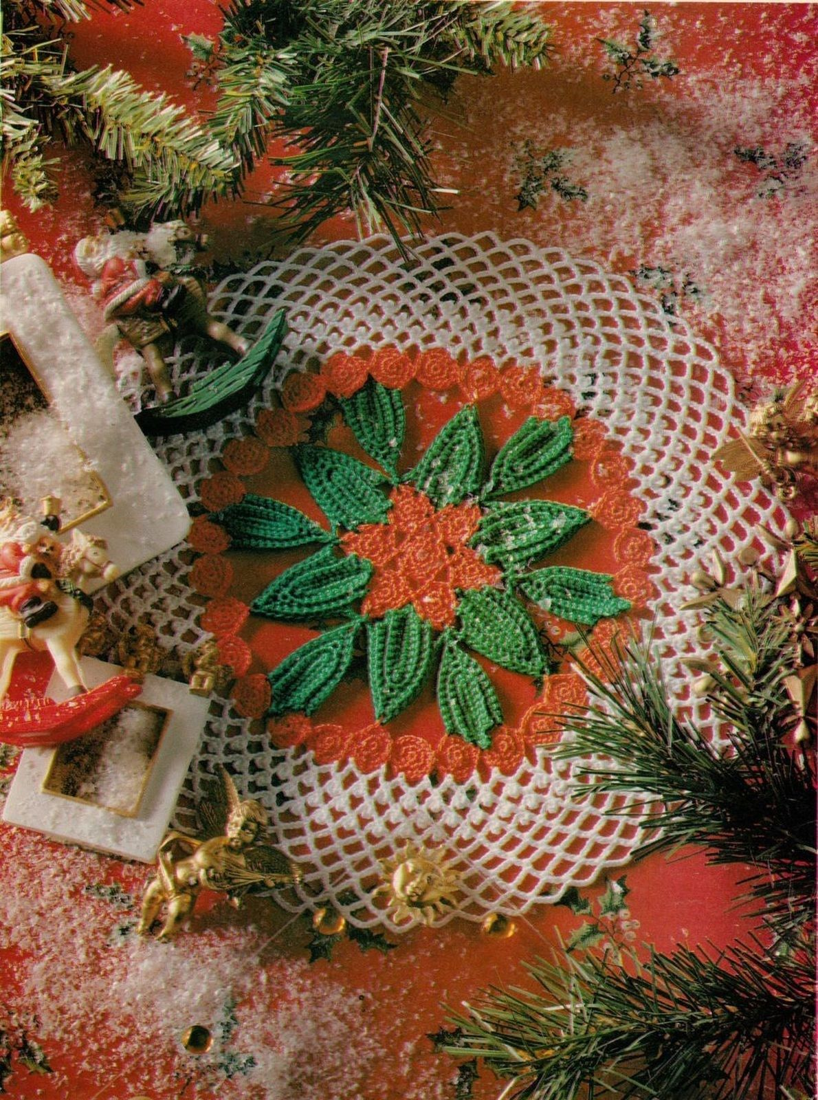 Primary image for HOLLY BERRIES Doily SANTA CLAUS Christmas Tree Cards Crochet Pattern
