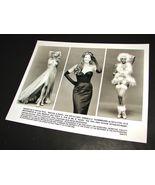 1997 BATMAN & ROBIN Movie 8x10 Press Photo ELLE MACPHERSON VIVICA A FOX ... - $9.95