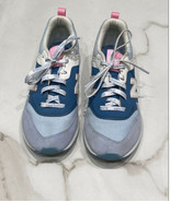 New Balance Girl's 997 Blue Pink Athletic Sneakers Size 5 - $22.26