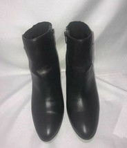 Women's Anne Klein AK7ASHER Black Faux Leather Heel Ankle Boots Size 9.5 M _Used - $24.74