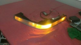 1988-1991 BUICK REATTA  DRIVER LEFT  FRONT LAMP PARKING LIGHT W/TURN SIG... - $148.45