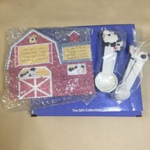 Avon Vintage Wall Plaque - Down On The Farm Measuring Spoon Set Cows - New - $24.74