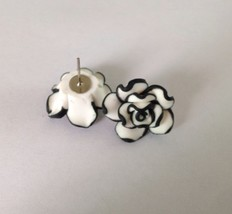 Elegant Nice Good Cute women Lady Girls Black White Rose Flower Stud Ear... - $7.50