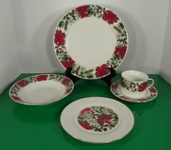 Gibson Holly Berry Red POINSETTIA 5-Piece Place Setting Christmas Dinner... - $19.75
