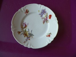 Hutschenreuther bread plate 2 available Quantity Discounts available - $3.12