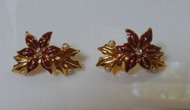 Vintage Avon Christmas Poinsettia Enamel Faux Pearl Earrings  - $15.83