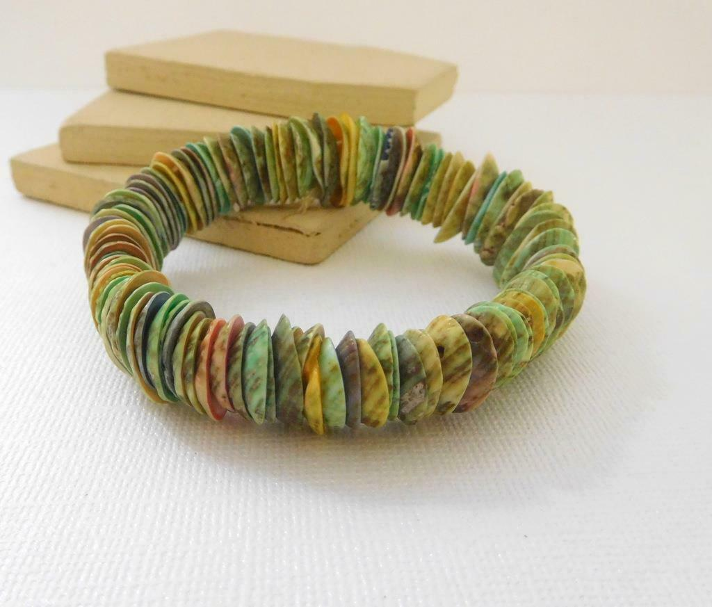 Retro Vintage Genuine Dyed Pastel Shell Boho Stretch Bangle Bracelet D15