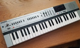 CASIO MT-85 Keyboard Casiotone Vintage Analog Piano Electronic Music Ins... - $36.33