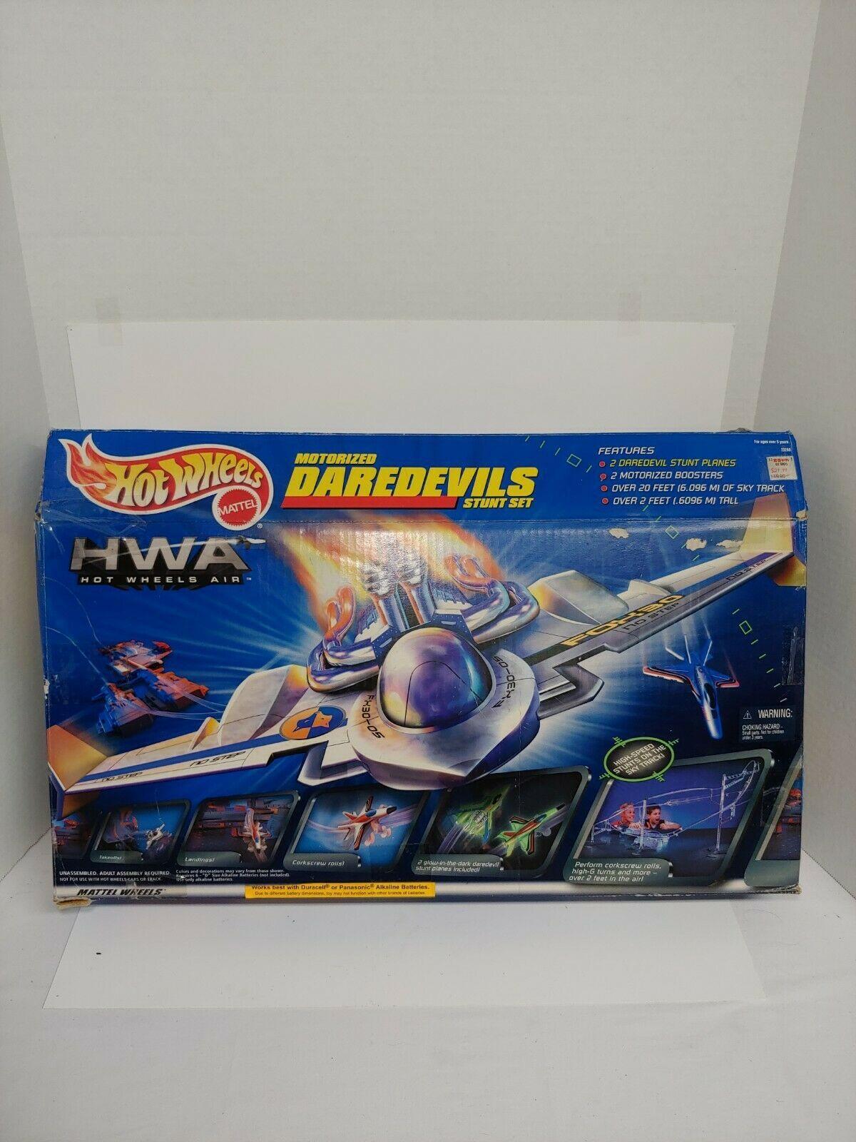 Hot Wheels HWA Motorized Daredevils Stunt Set Hot Wheels Air Mattel 1999 - $54.44