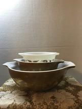 Vintage Early American Pyrex Three Cinderella Bowls Gold on Brown Retro ... - $30.00