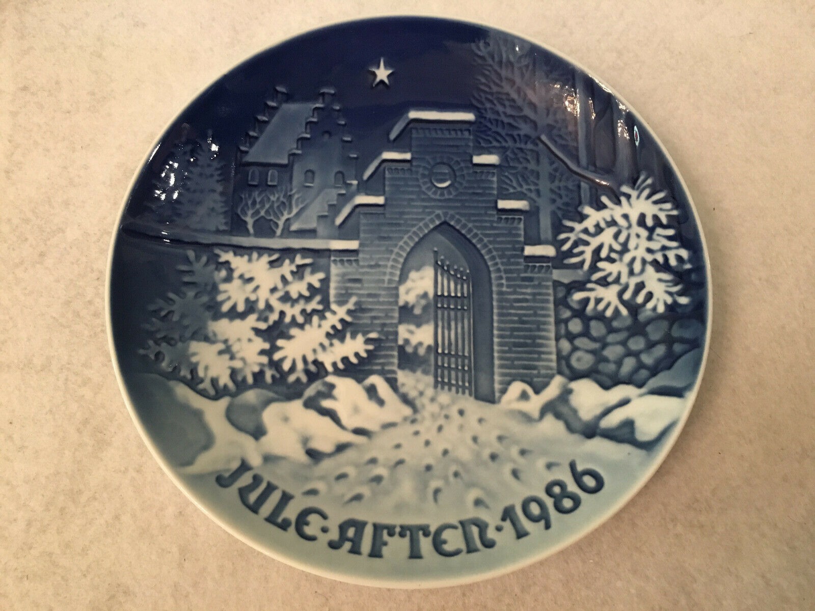 Bing & Grondahl B & G Silent Holy Night Christmas 1986 Collectible Plate Signed - $49.99