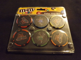 RARE M&M's  world poker chip set LAS VEGAS NEON . black chip - $29.99