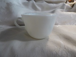 6 Vintage Pyrex Cups Opal Milkglass Restaurant Ware - $29.70