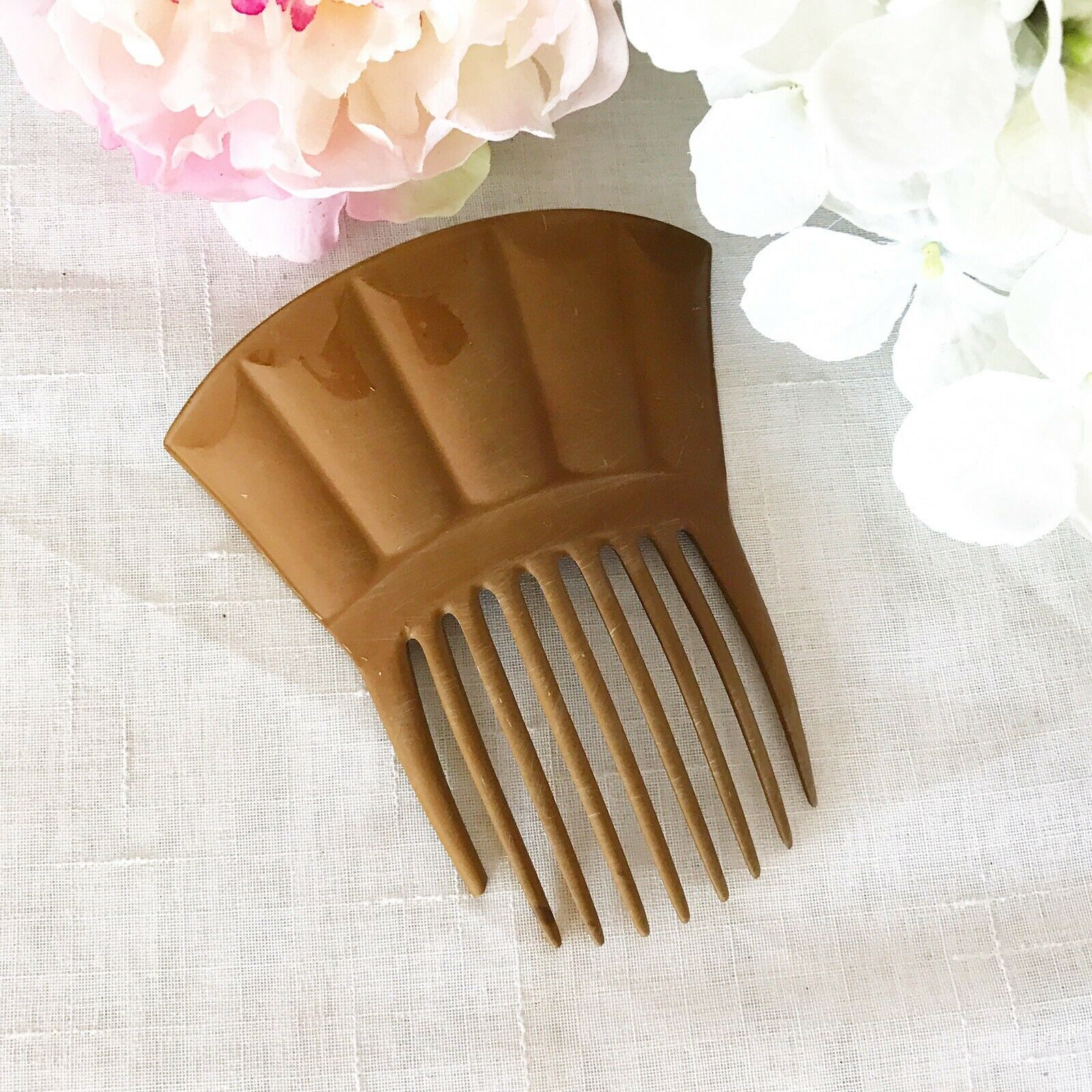 Lovely Vintage Victorian Hair Comb, Edwardian carved celluloid Mantilla, tan - $27.12
