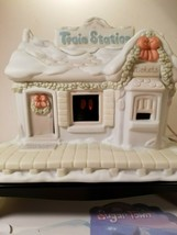 Precious Moments - Sugar Town - Lighted Train Station w/Box - Tested Works! - $22.85