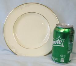 Royal Doulton Matinee H5135 Salad Plate Set of 3 - $33.55