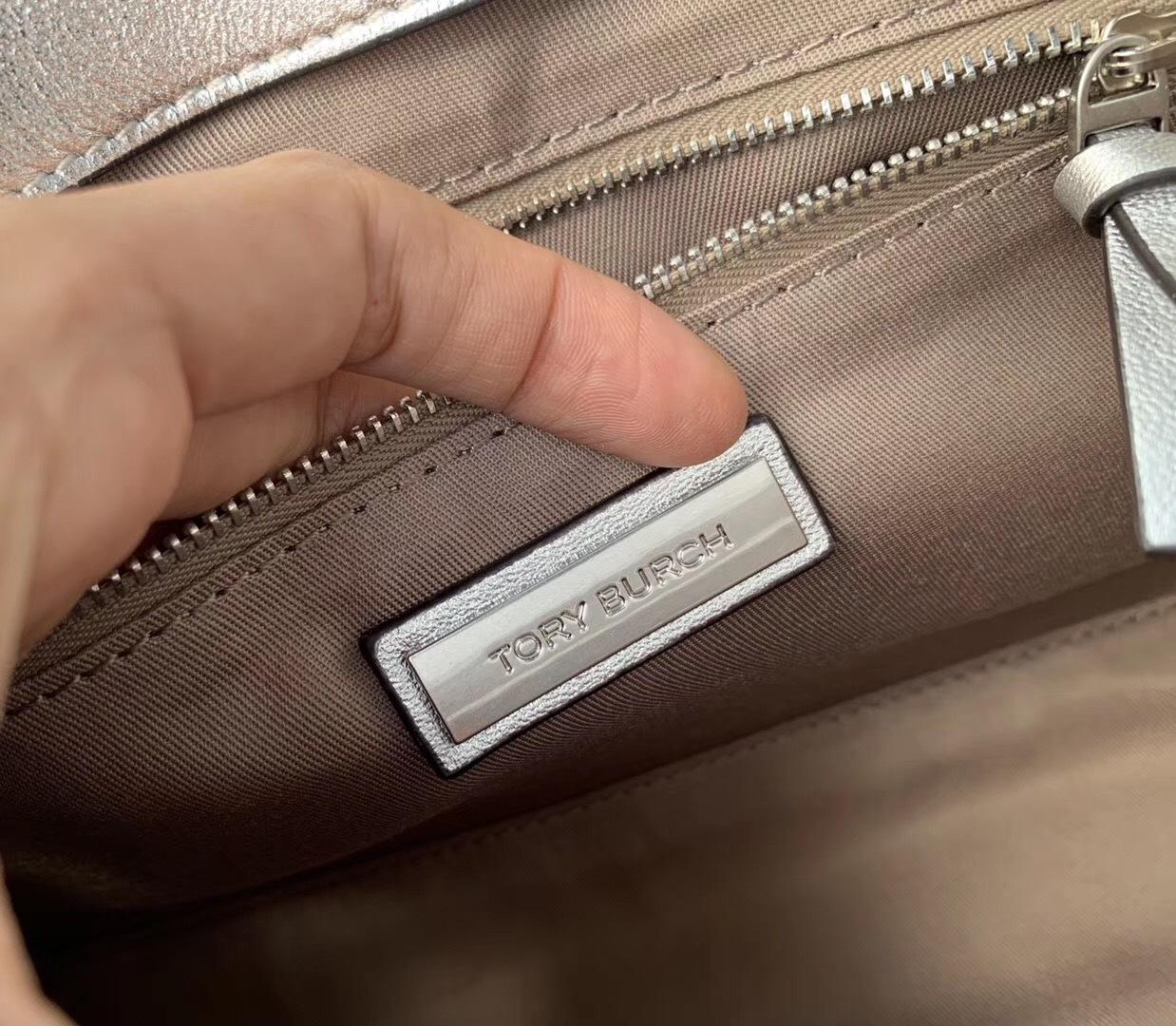 Tory Burch Fleming Metallic Convertible Shoulder Bag image 8