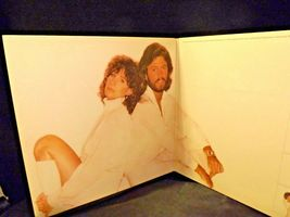 Guilty Record Barbra Streisand ‎– Barry Gibb AA-191751  Vintage Collectible image 9