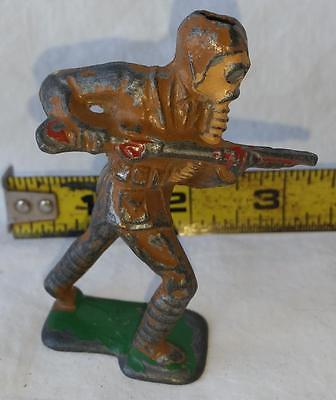 Vintage Barclay Manoil Toy Soldier Gas Mask Charging Rifle Cast Lead Missing Hat