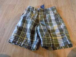 Size 5 Faded Glory Army Green White Yellow Plaid Summer Shorts EUC - $10.00