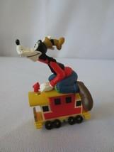 Hallmark Merry Miniatures Mickey & Co.-Disney-Goofy 1998 - $9.00