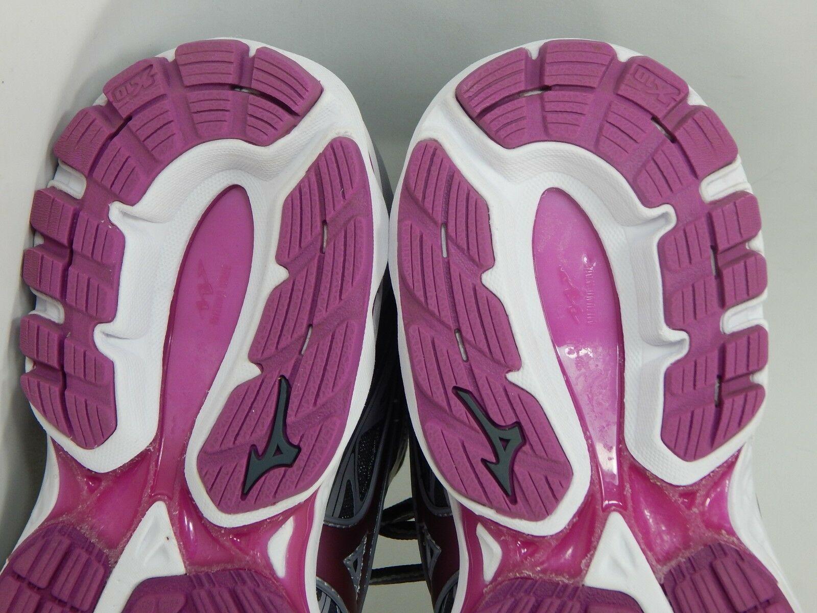 Mizuno Wave Inspire 14 Size US 7.5 M (B) EU 38 Women's Running Shoes Silver