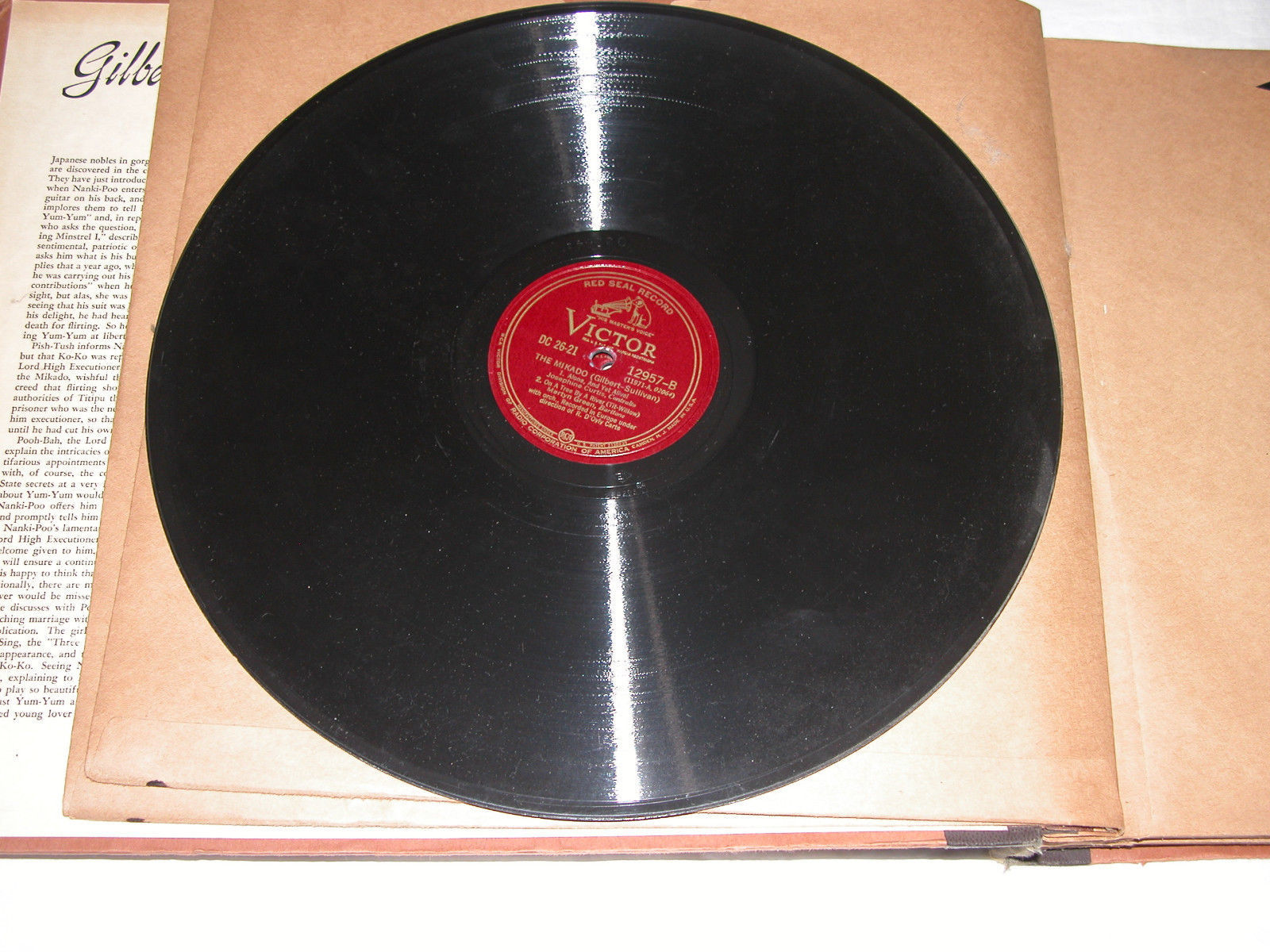 Box Set of 11 78 rpm Records, The Mikado, Gilbert & Sullivan Opera Free Ship USA