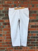 Lane Bryant Sz 20 Womens White Cropped Stretch Capri Pants Flat Front EUC - $18.32