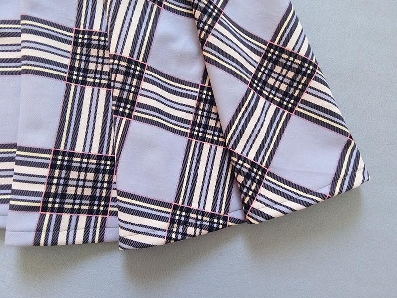 Gray plaid skirt 3