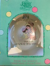"Enesco Christmas Precious Moments Christmas Ornament ""Peace To All"" 1989-Vintage - $9.00"