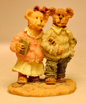 Boyds Town Village - Hope And Faith - Miniature Figure - $7.75