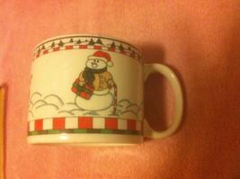 CHRISTMAS-- COFFEE / SOUP MUG--SANTA, SNOWMAN, REINDEER---FREE SHIP--EUC - $13.85
