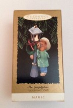 The Lamplighter~1993 Hallmark Keepsake Christmas Ornament Flickering Light! VTG - $16.78